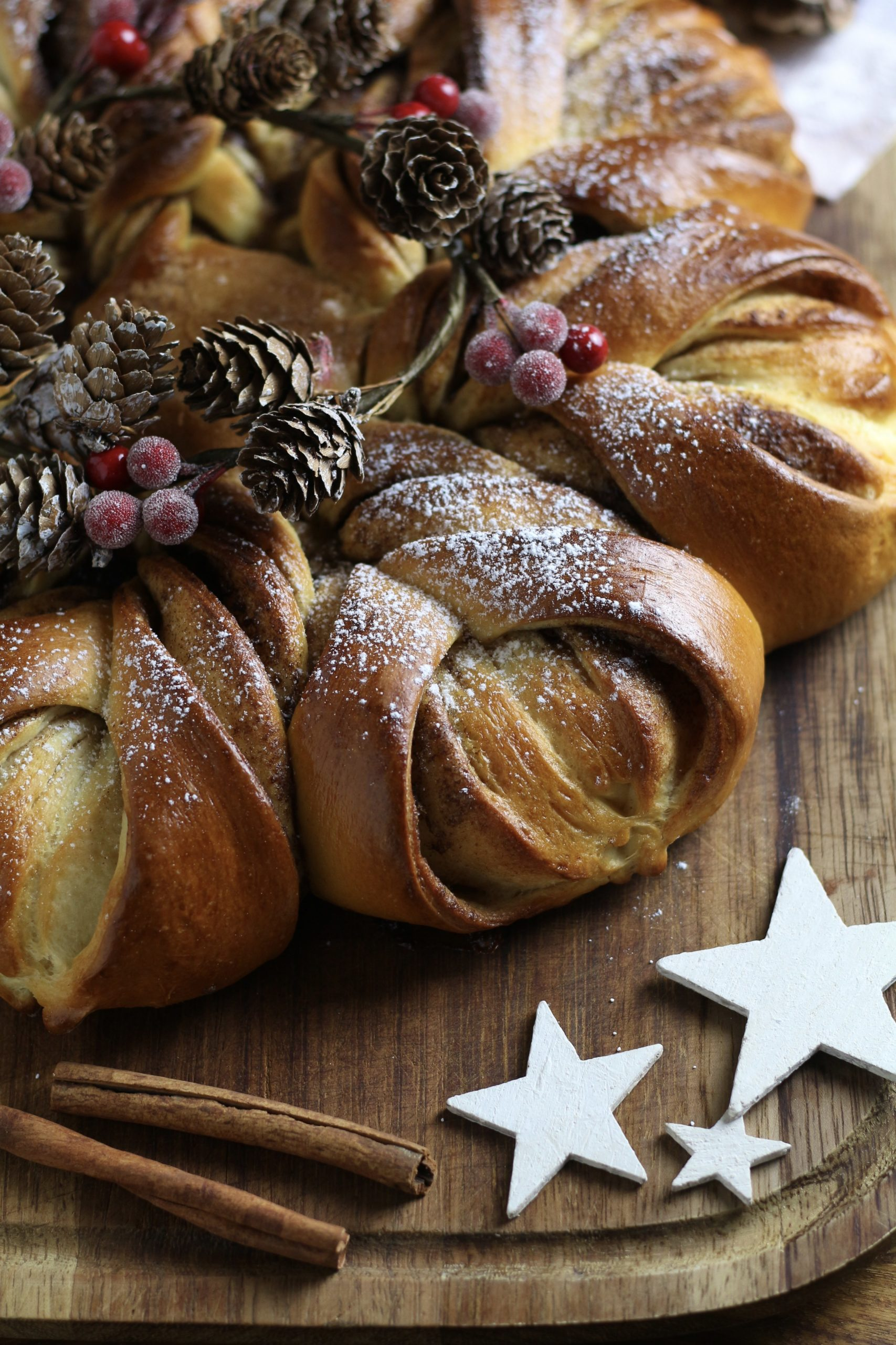sweet cinnamon star bread
